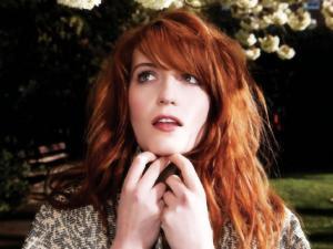 Line-up Szigetu otvára Florence and the Machine a Alt-J!