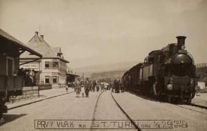 Trať Nové Mesto nad Váhom - Vrbovce pred osemdesiatimi rokmi