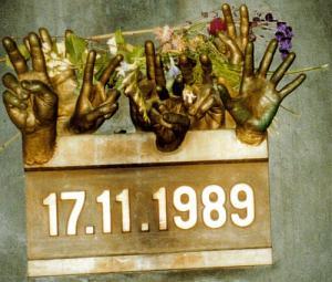Analýza 17. Novembra - Prevrat 17.11.1989