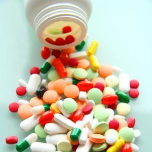 Lék nemusí vždy léčit, aneb co nám nabízí farmaceutický průmysl
